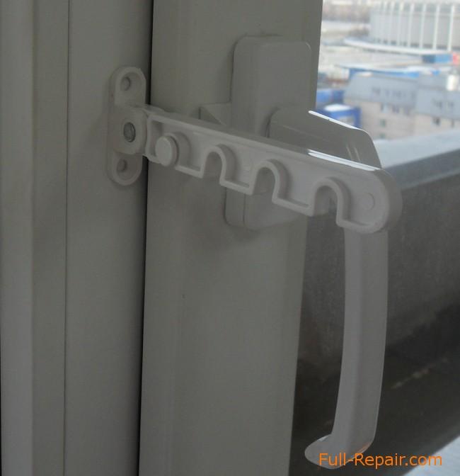 Как установить гребенку на пластиковое окно